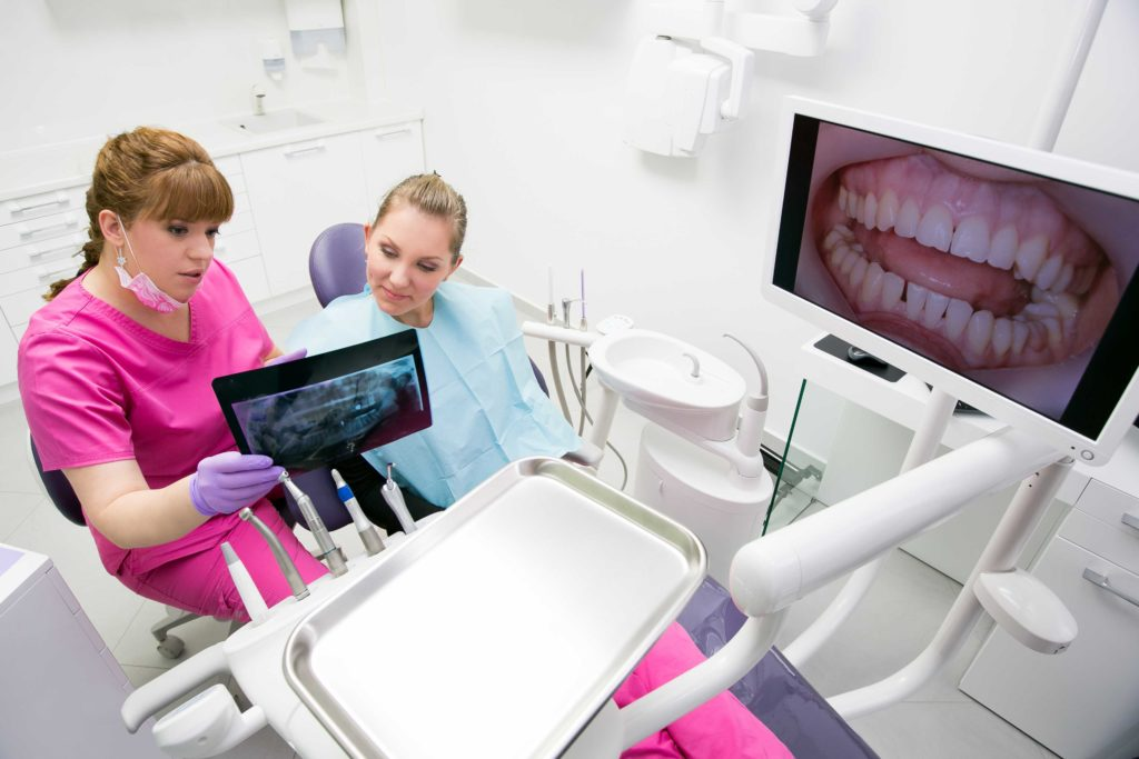 Benefits of Using Dental Intraoral Camera